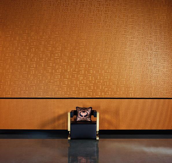 Versace home 2 tapéta katalógus- a díszes ragyogás